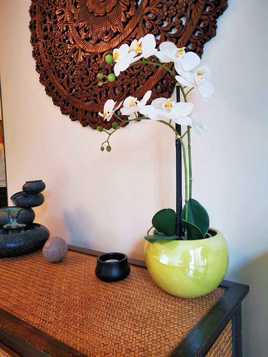 Klau Kozmetika - virág dísz